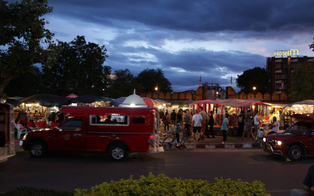 A trifecta of Chiang Mai night markets (Thailand)
