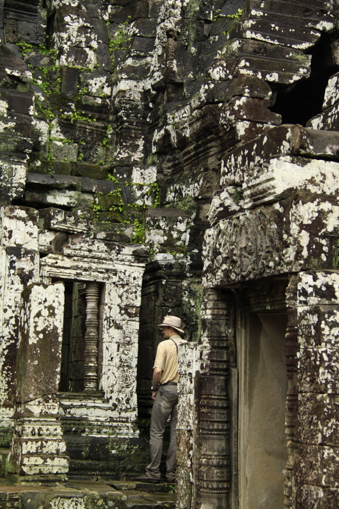 Whose going to tell Indiana Jones that he's at the wrong temple??